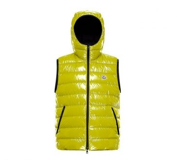 Moncler「Holding Court」全新运动风格胶囊系列缩略图